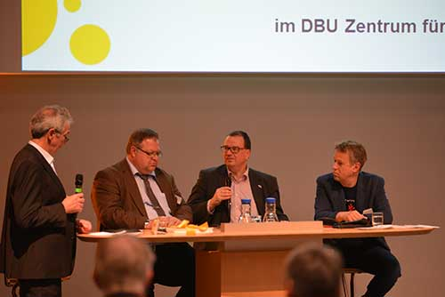 Die Gesprächsrunde der instuitutionellen Unterstützer des deutschen CarSharing
